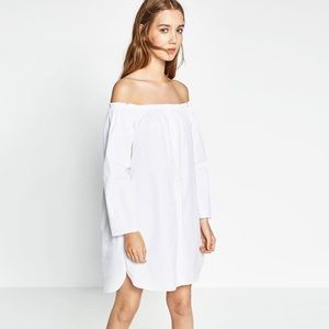 Zara White off the shoulder shirt dress size XS